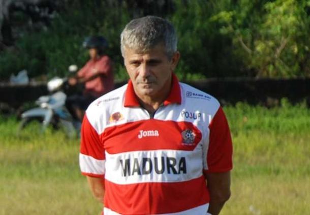 Arcan Iurie Tentukan Kontrak Punggawa Borneo FC