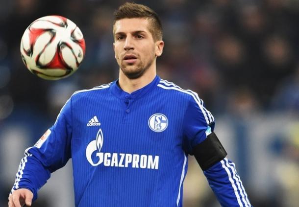 Matija Nastasic Resmi Gabung Schalke 04