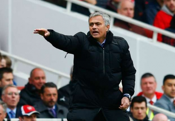 Mourinho : Hazrd Pantas Mendapatkan Gelar Pemain Terbaik